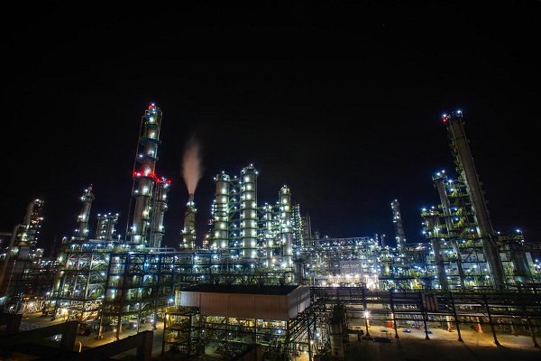 C:UsersyangxiDesktopNight view of Sinochem Quanzhou Petrochemical Co.jpg